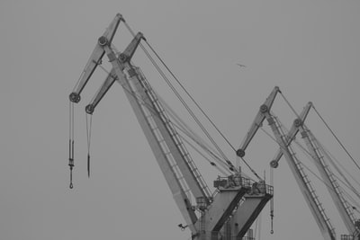 What do you need to know about building construction tools?